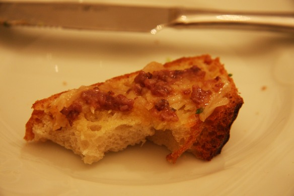 Bone marrow and roasted garlic bruschetta